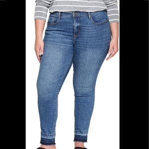 Universal Thread High Rise Skinny Jeans Raw Hem 18